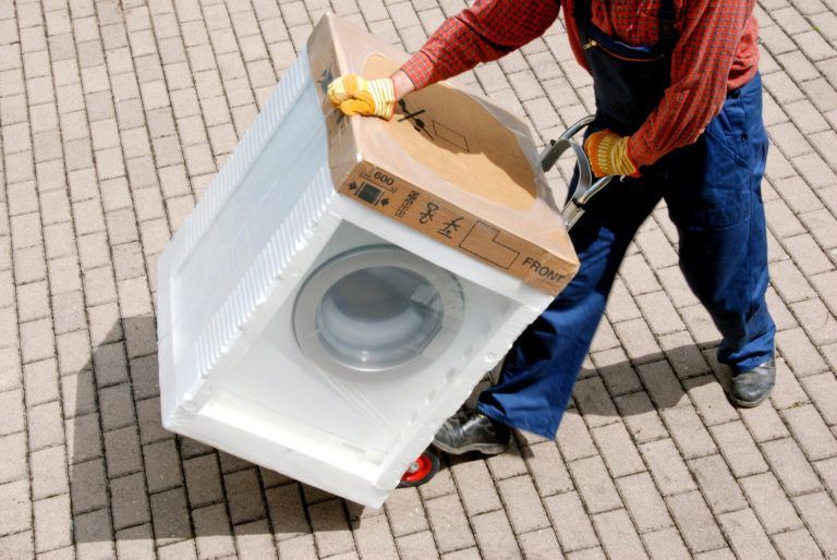 How to transport a washing machine?