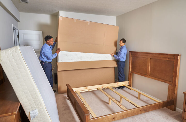 How to pack a mattress when moving?
